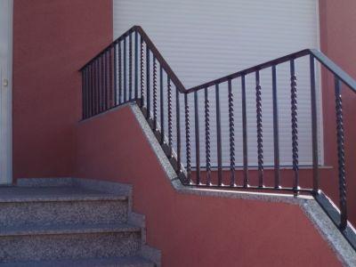 barandillas de escalera de hierro macizo y pasamanos de pletina de